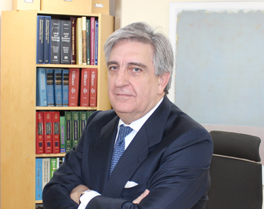 Dr. Antonio Allona